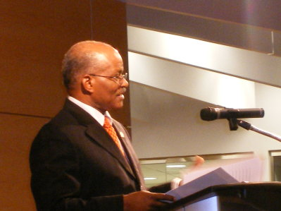 Governor General His Excellency the Most Hon. Professor Kenneth Hall addressing the audience at the signature event of the Caribbean Canadian Literary Expo in Toronto, Canada, recently.